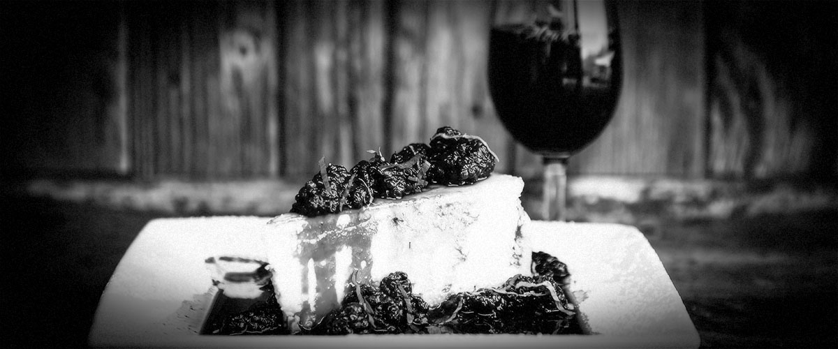 2Hawk Vineyard and Winery Wine and Cheesecake Food Pairing (Grayscale)
