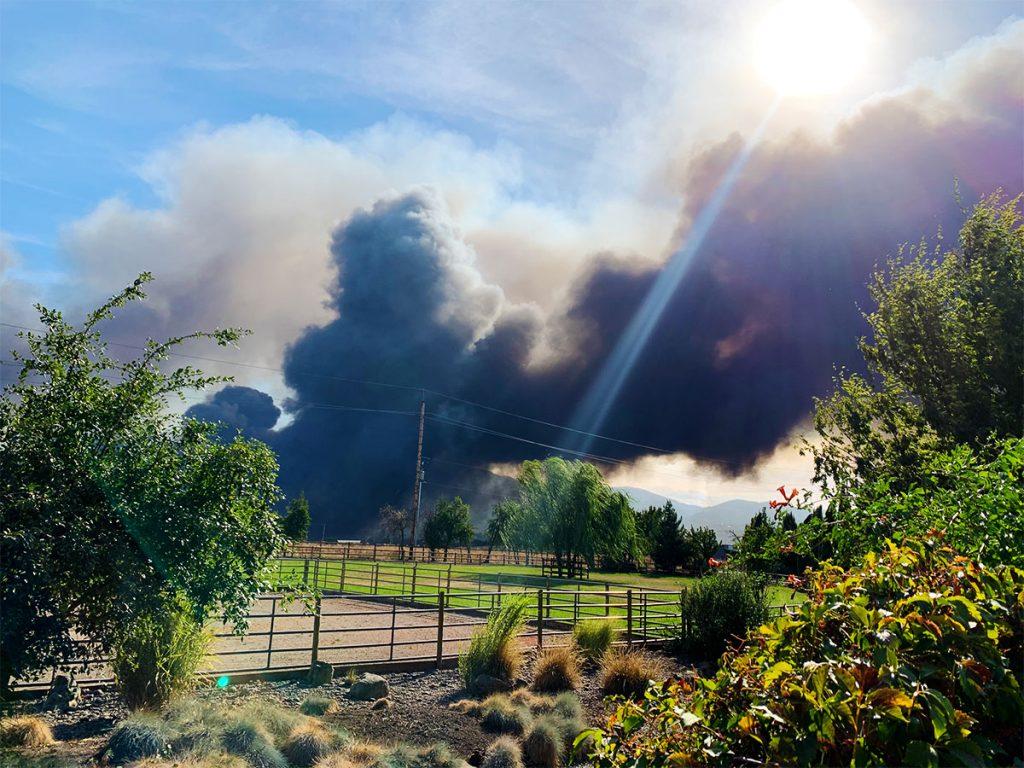 Almeda Fire Smoke from 2Hawk Vineyard