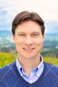 2Hawk Vineyard and Winery General Manager Ken Bolick Portrait